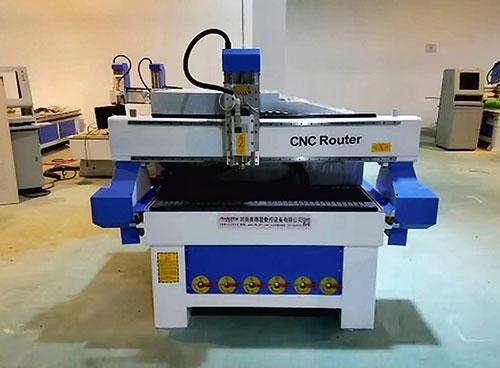 河南开料机厂家介绍木工雕刻机的主要用途