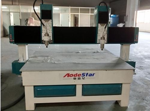 河南开料机厂家介绍寿材雕刻机的机型特点